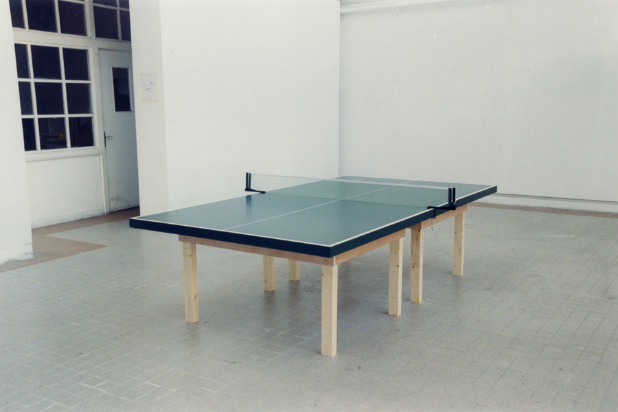peinture pour table de ping pong. Black Bedroom Furniture Sets. Home Design Ideas