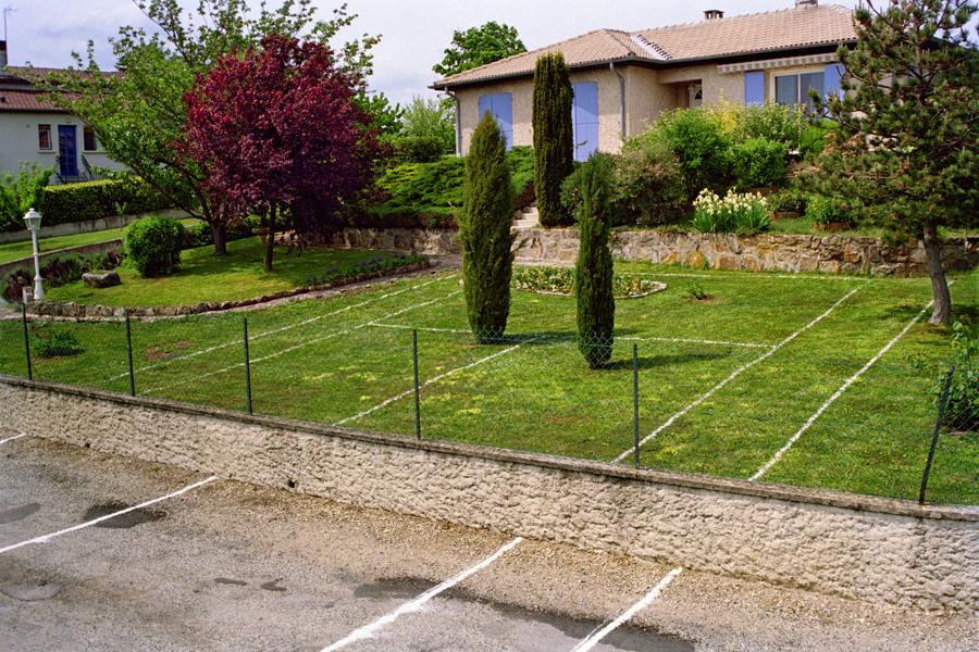 Rapha l boissy sans titre terrain de tennis for Taille d un terrain de tennis